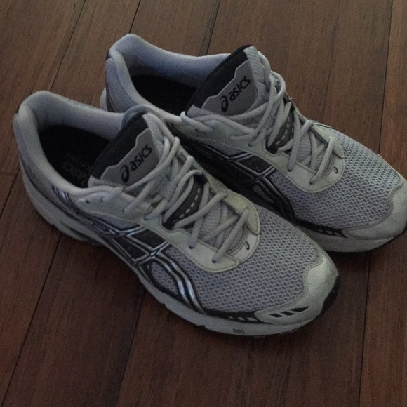 Men's Size 12 Asics Running Shoes